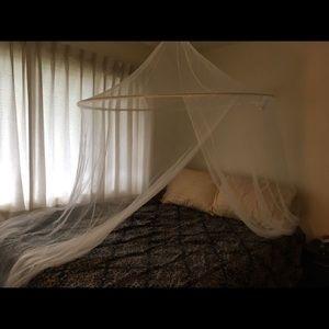 Bedding - Bed Decoration